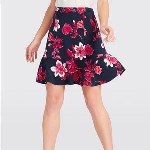 NWT Draper James Darlington Floral Flutter Skirt
